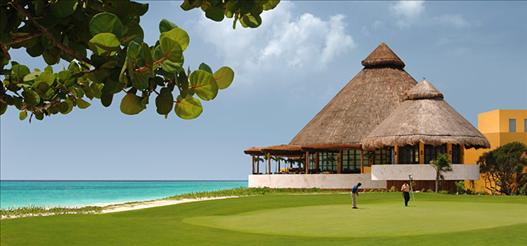 MYK099_golf_clubhouse